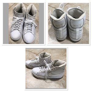 Nike Nike Youth Hi Top Shoes, Style 318705-112.